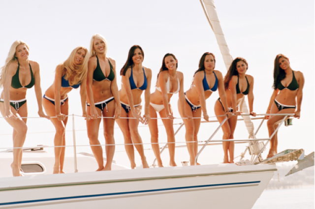 Everything's sexier on a sailboat (21 photos) CLICK HERE